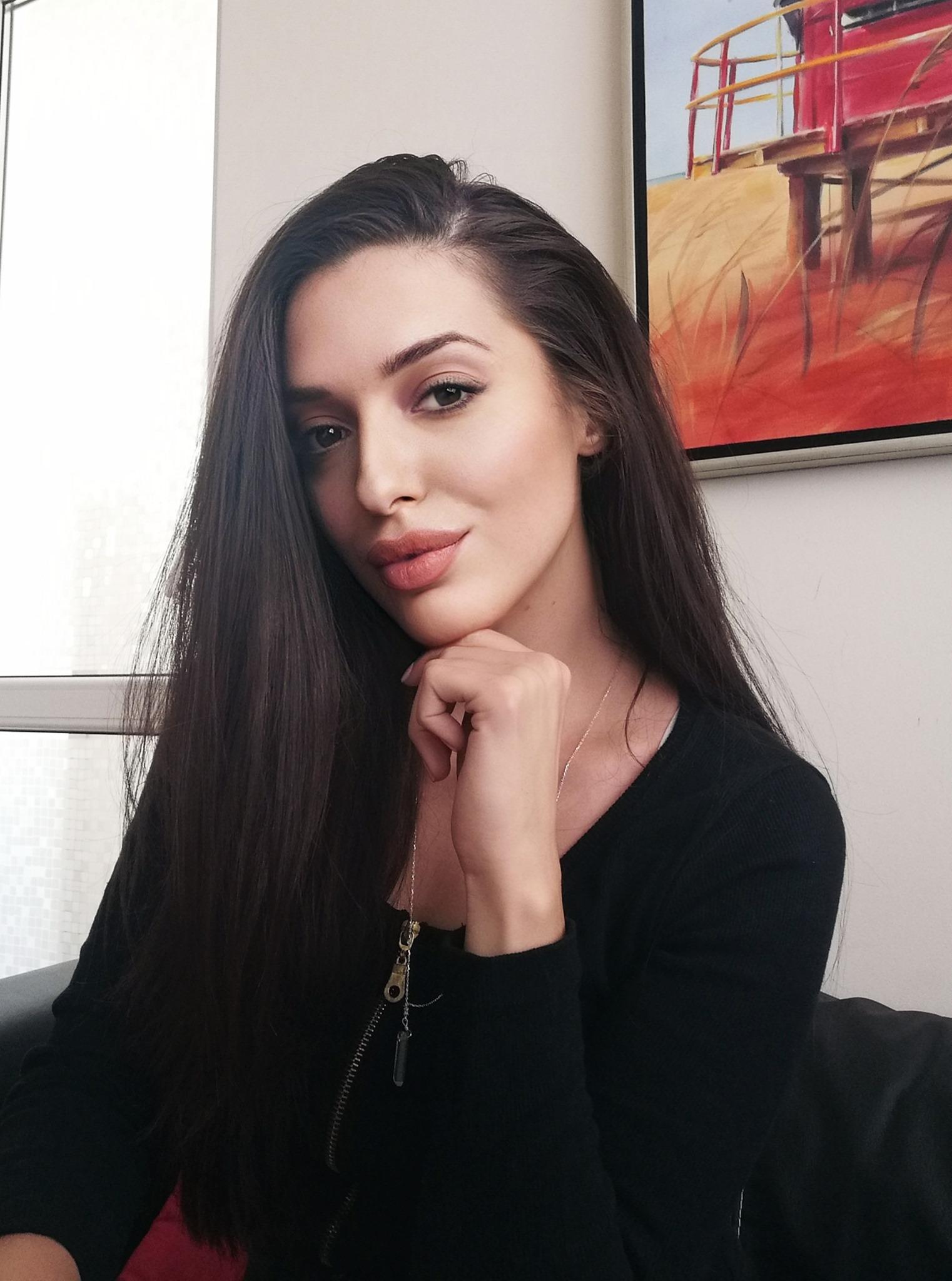 Теодора Сукарева - Теа